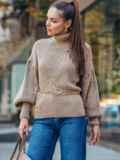 Бежевый свитер с объемными рукавами и высоким воротником 50378, фото 2