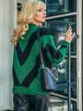 Свободный джемпер с контрастной вязкой зеленый 50371, фото 3