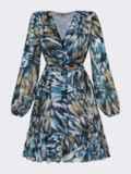 Принтованное платье из шифона с запахом и воланом по низу голубое 53104, фото 7