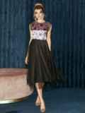Атласное платье с расклешенной юбкой черное 51789, фото 3