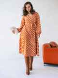 Оранжевое платье батал в горох с расклешеной юбкой 51505, фото 3