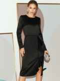 Приталенное платье из атласа с оборкой на юбке черное 51797, фото 3