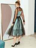 Расклешенное платье из атласа с фатином мятное 51785, фото 4