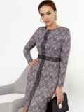 Коричневое платье-футляр с принтом и кружевом 52361, фото 3