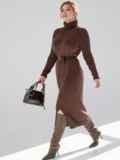 Коричневое платье большого размера мелкой вязки 53338, фото 2