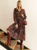 Шифоновое платье с принтом и воланом по низу бордовое 53079, фото 2